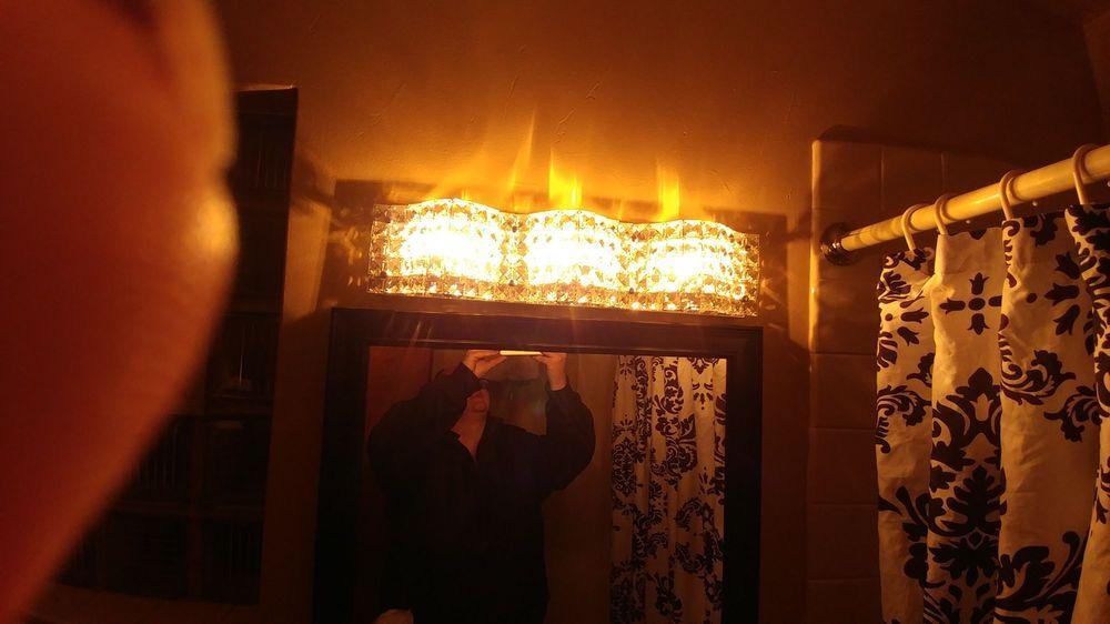 Budget Host Arrowhead Motel: 214 E Cleveland St, Sundance, WY
