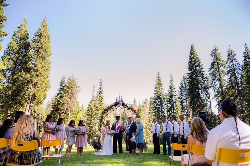 Shasta Weddings: Castella, CA