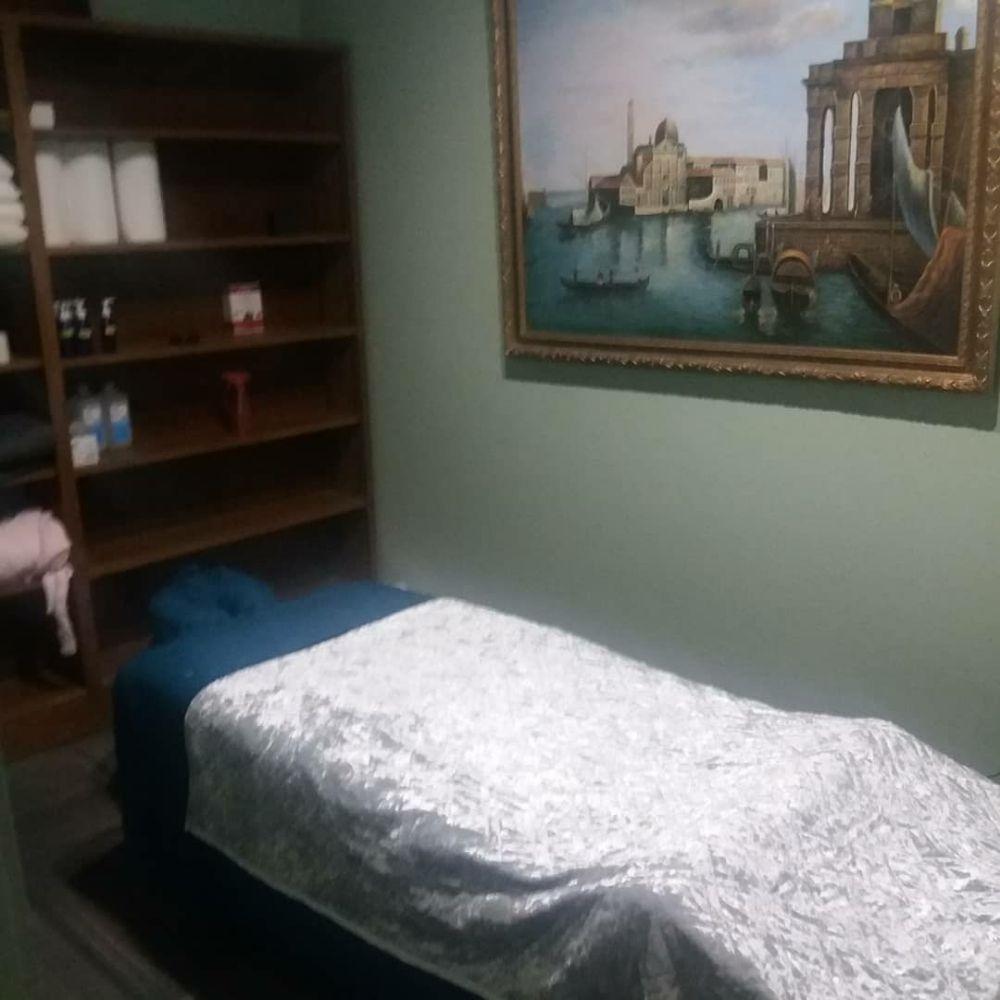Massage By Della: 109 Towne Rd, Oak Ridge, TN