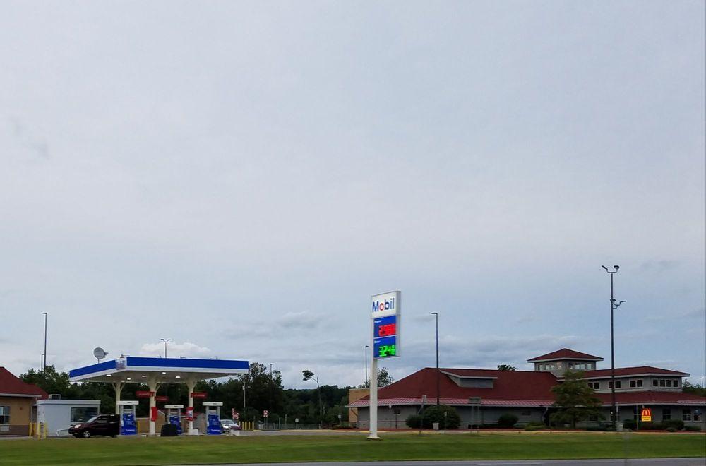 Iroquois Travel Plaza: I-90 W, Little Falls, NY