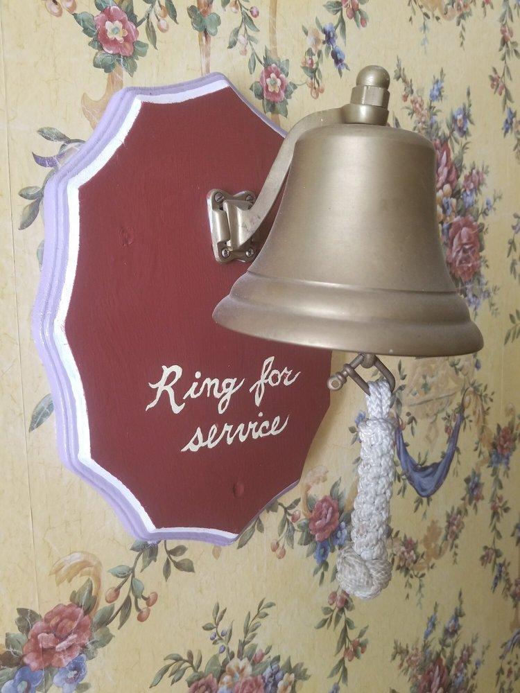 E. Kellogg Bed & Breakfast: 403 Wayne St, Bethany, PA