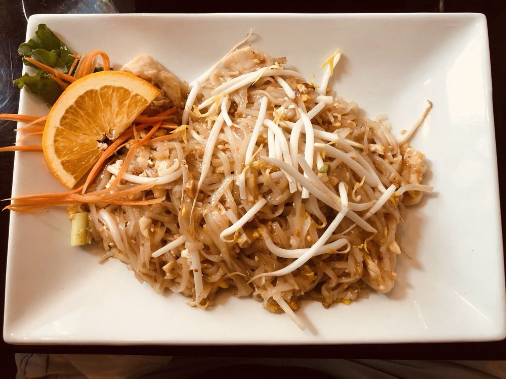 Best Thai: 74 Main St, Damariscotta, ME