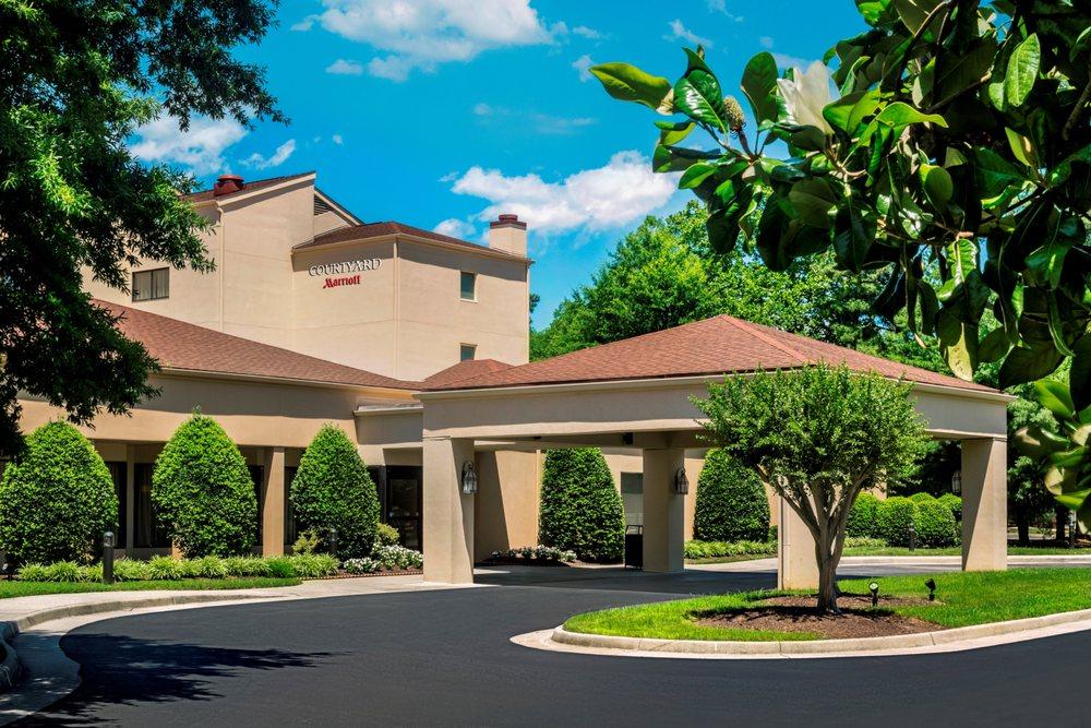 Courtyard by Marriott Williamsburg Busch Gardens Area - 30 Photos ...
