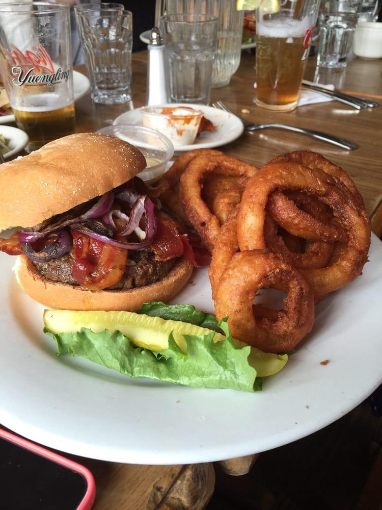 Playwright Irish Pub Restaurant - 17 Photos & 79 Reviews - Irish Pubs - 1232 Whitney Ave, Hamden ...