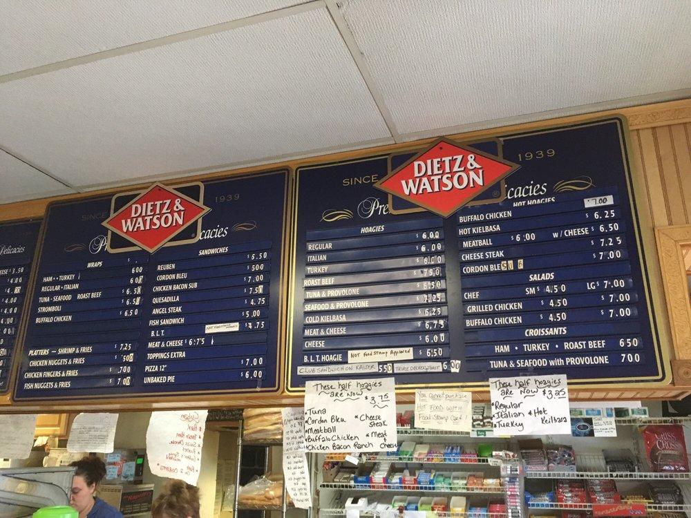 PLS Deli: 19 N Market St, Summit Hill, PA