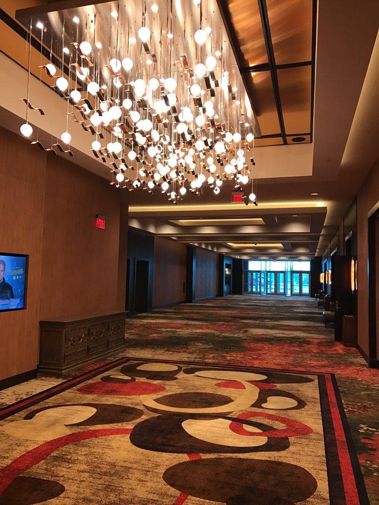 Apache Casino Hotel: 2315 E Gore Blvd, Lawton, OK