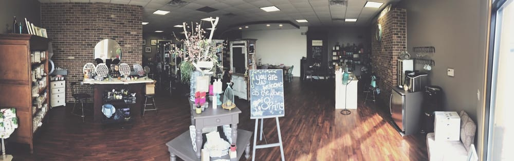 Willow & Birch Salon: 521 E Washington St, Springfield, IL