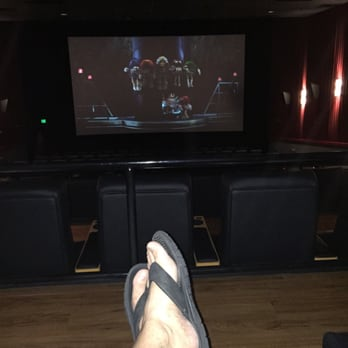 regal cinemas crystal lake showplace 16 52 reviews