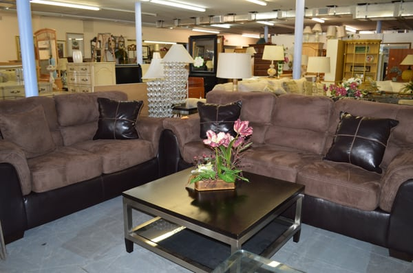 The Furniture Barn Magasin De Meuble 2420 Orange Ave Fort Pierce Fl Tats Unis Num Ro