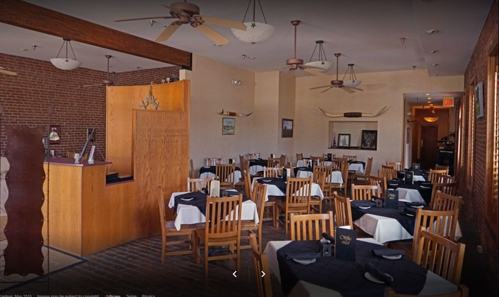Grand Central Hotel & Grill: 215 Broadway St, Cottonwood Falls, KS