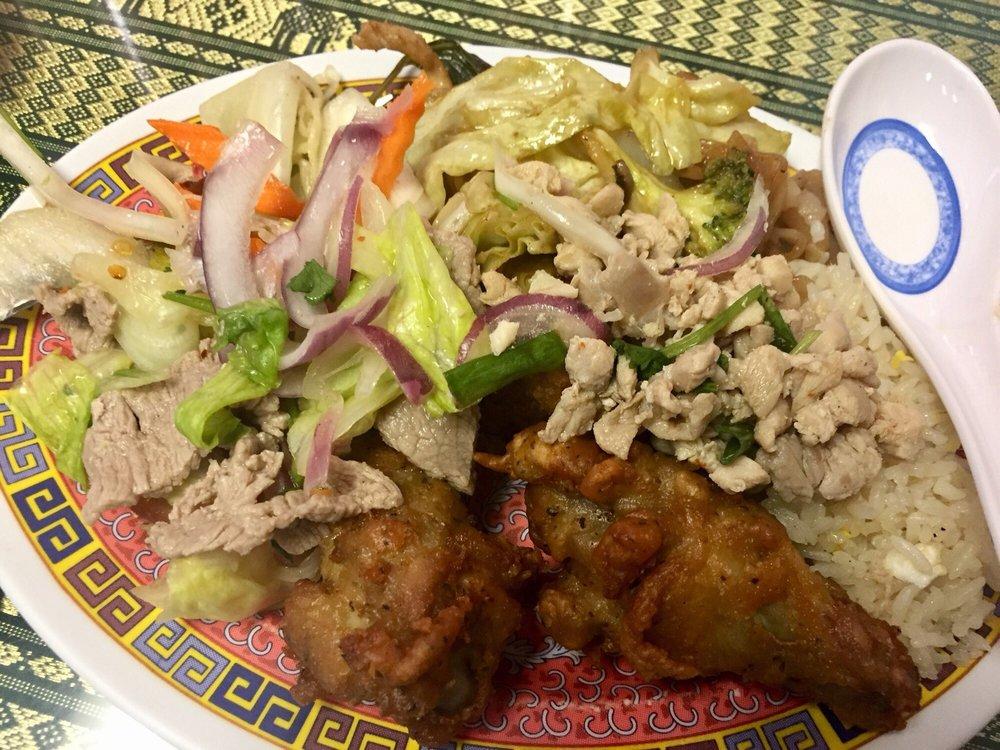 Grandma's Thai Cuisine: 600 Indian Trail Rd, Harker Heights, TX