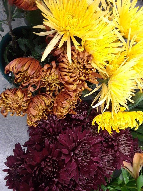 Skyway Creations Flower Shop