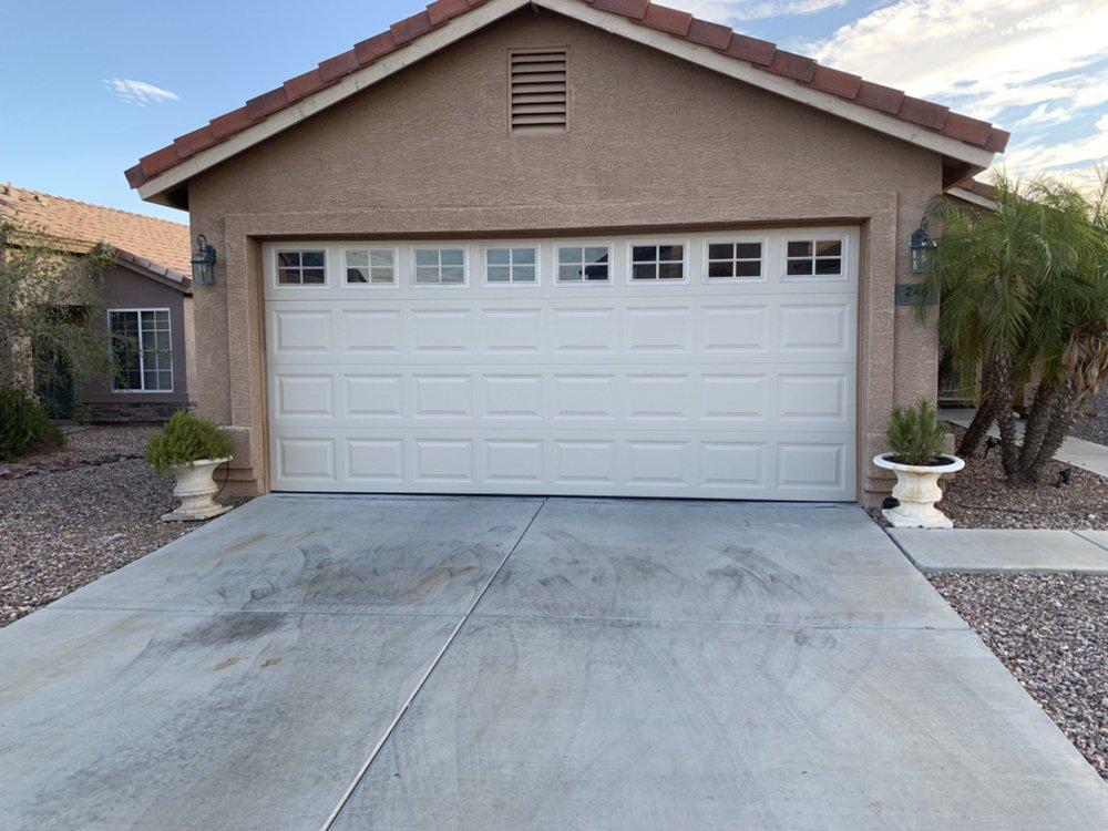 Riggs Garage Door Service: Buckeye, AZ