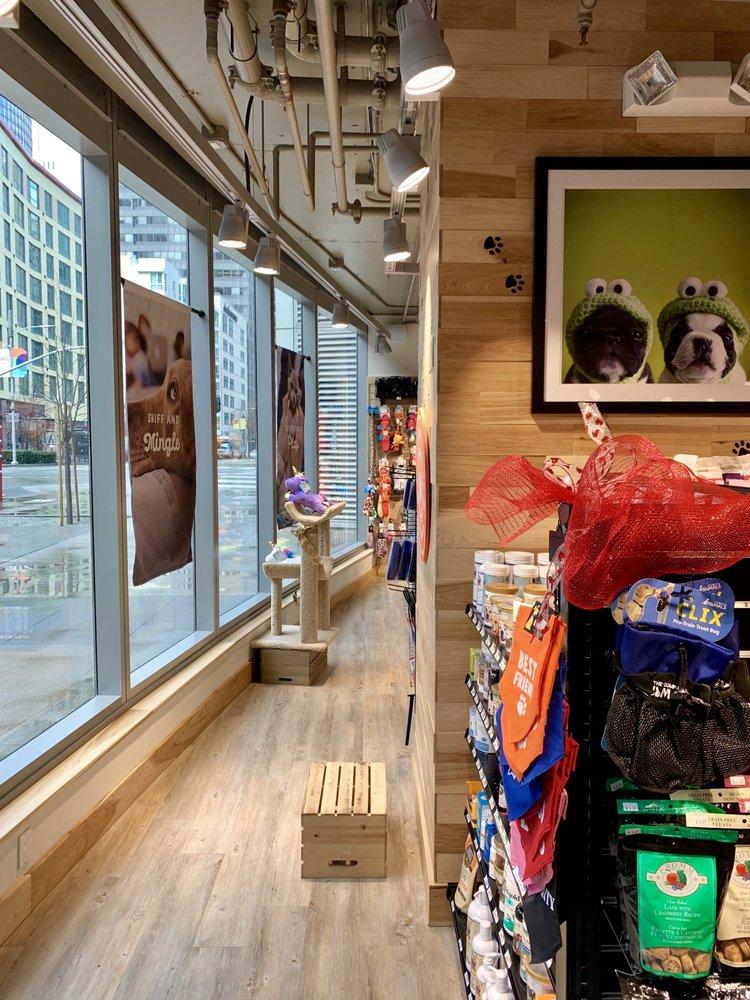 Woodlands Pet Shop: 201 Folsom St, San Francisco, CA