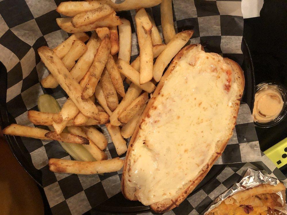 Gidget's Pizza & Pasta: 41934 Nc Hwy 12, Avon, NC