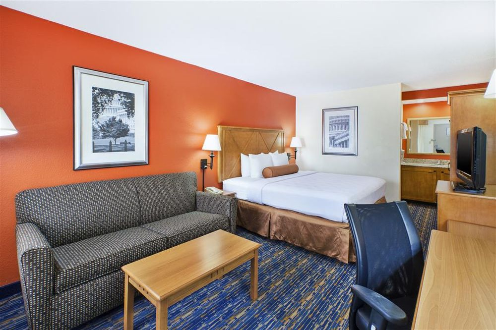 Photo of Best Western Dulles Airport Inn: Sterling, VA