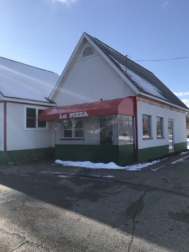 La Pizza: 709 W Midland Rd, Auburn, MI