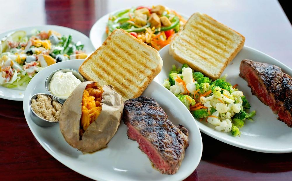 Ribeyes Steakhouse: 211 N Center St, Mount Olive, NC