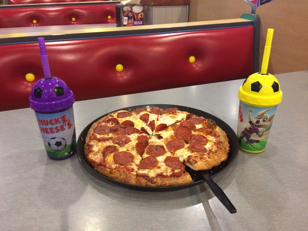 Chuck E. Cheese: 9801 Gateway Blvd W, El Paso, TX