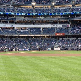 Yankee Stadium 5480 Photos 1341 Reviews Stadiums Arenas 1