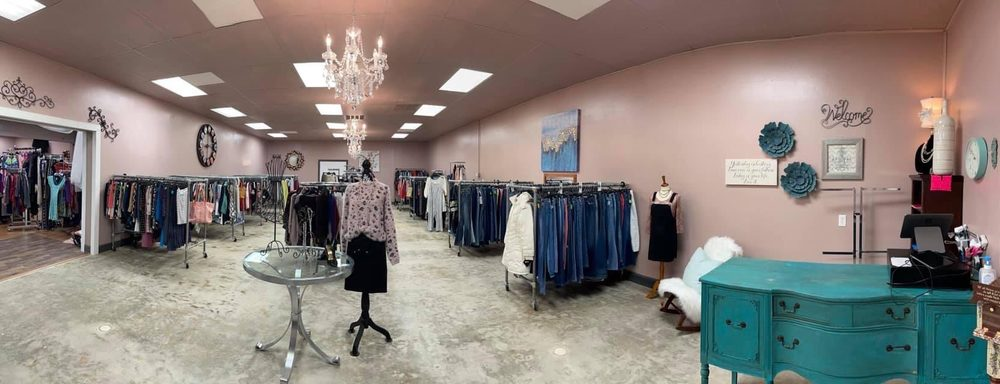 Classy Lady Consignment: 1707 A W DeWitt Henry Dr, Beebe, AR