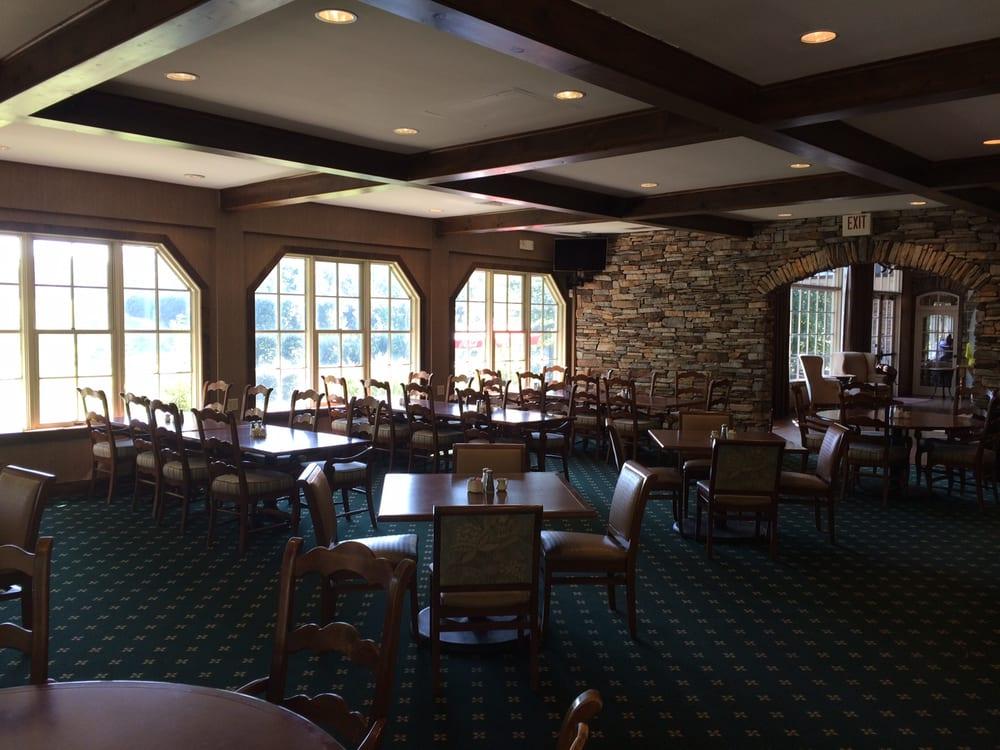 Stonehouse Grille: 9700 Mill Pond Run, Toano, VA