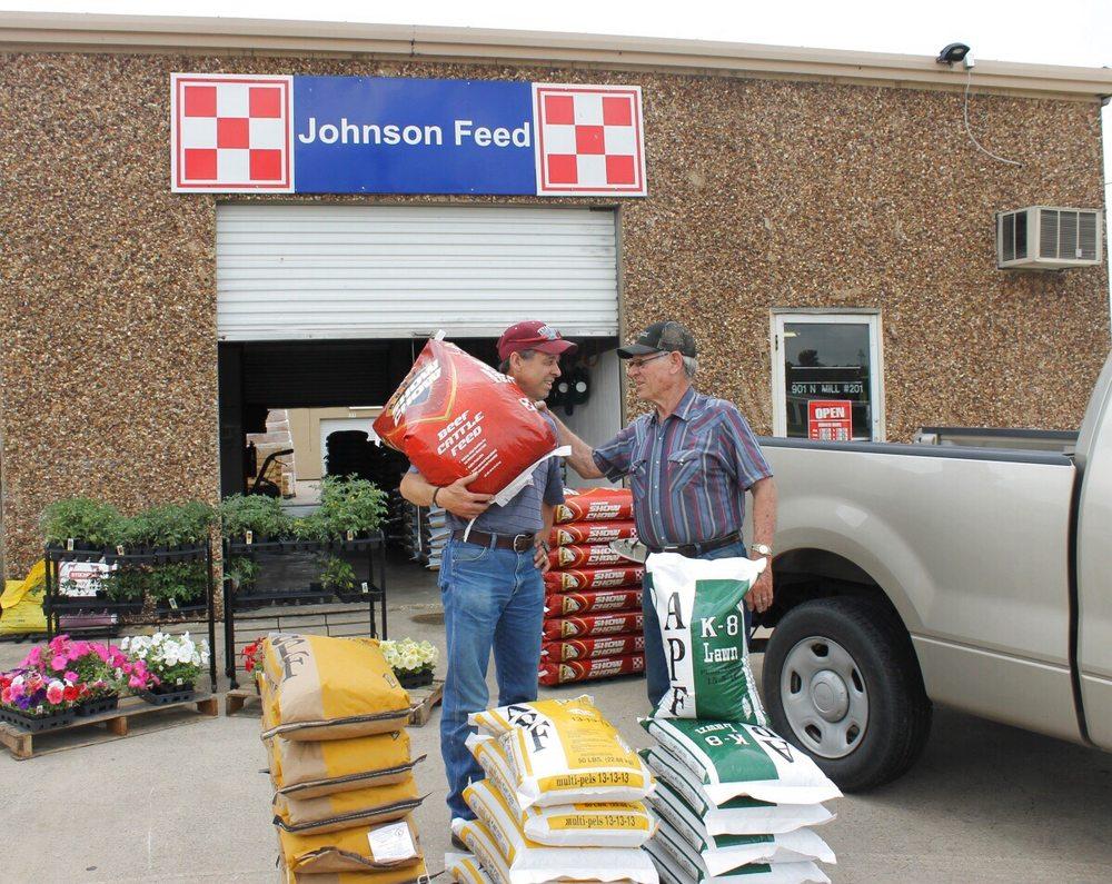 Johnson Feed: 901 N Mill St, Lewisville, TX