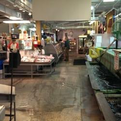 Harbor fish market 43 photos 53 reviews seafood for Portland fish market