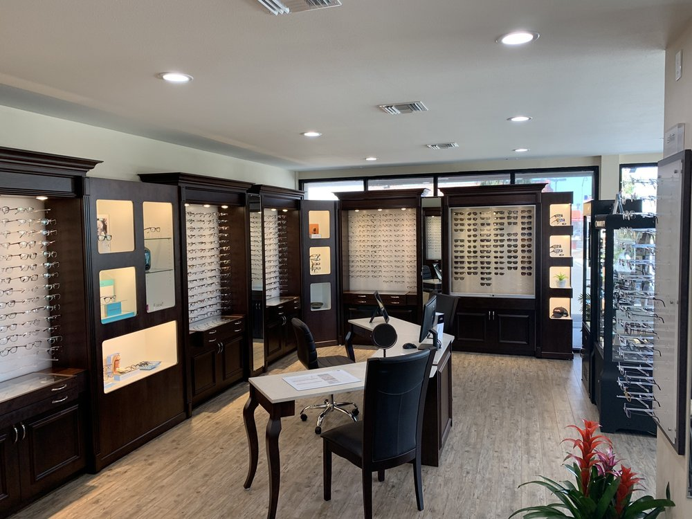 Family Optometry Center of Simi Valley