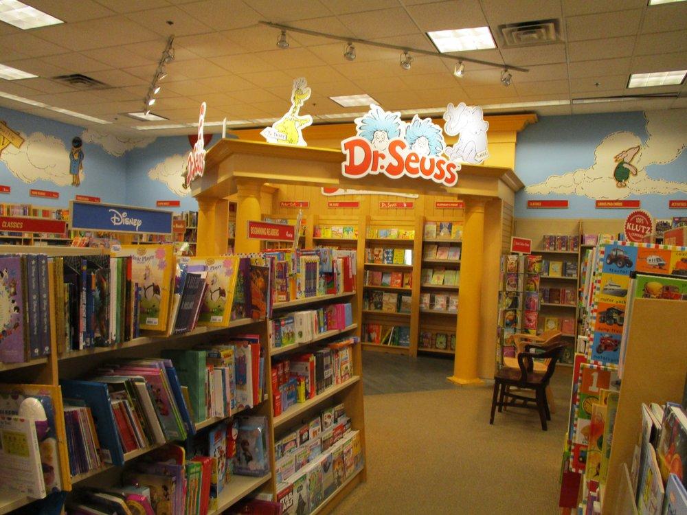 Barnes & Noble: 26751 Aliso Creek Rd, Aliso Viejo, CA