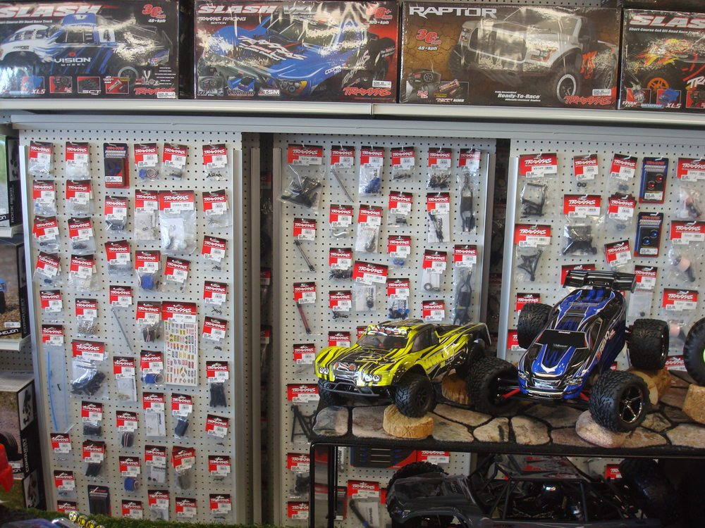 HobbyTown Santee: 9747 Mission Gorge Rd, Santee, CA
