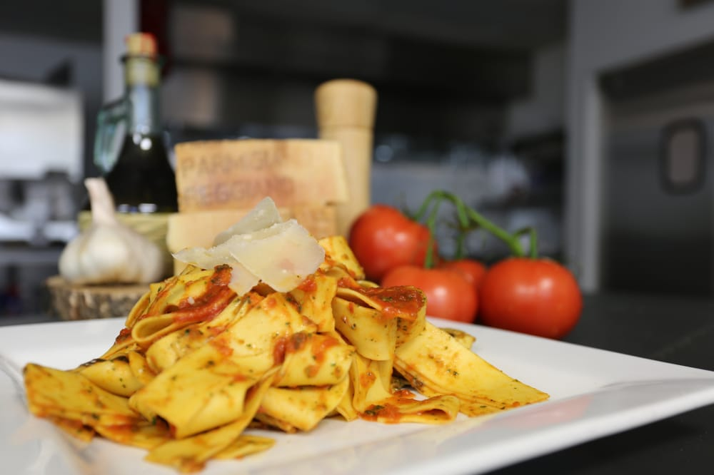 Ristorante La Perla is an Italian restaurant located on the edge of Georgetown in Washington DC We serve the finest traditional Italian cuisine to the DC Metro