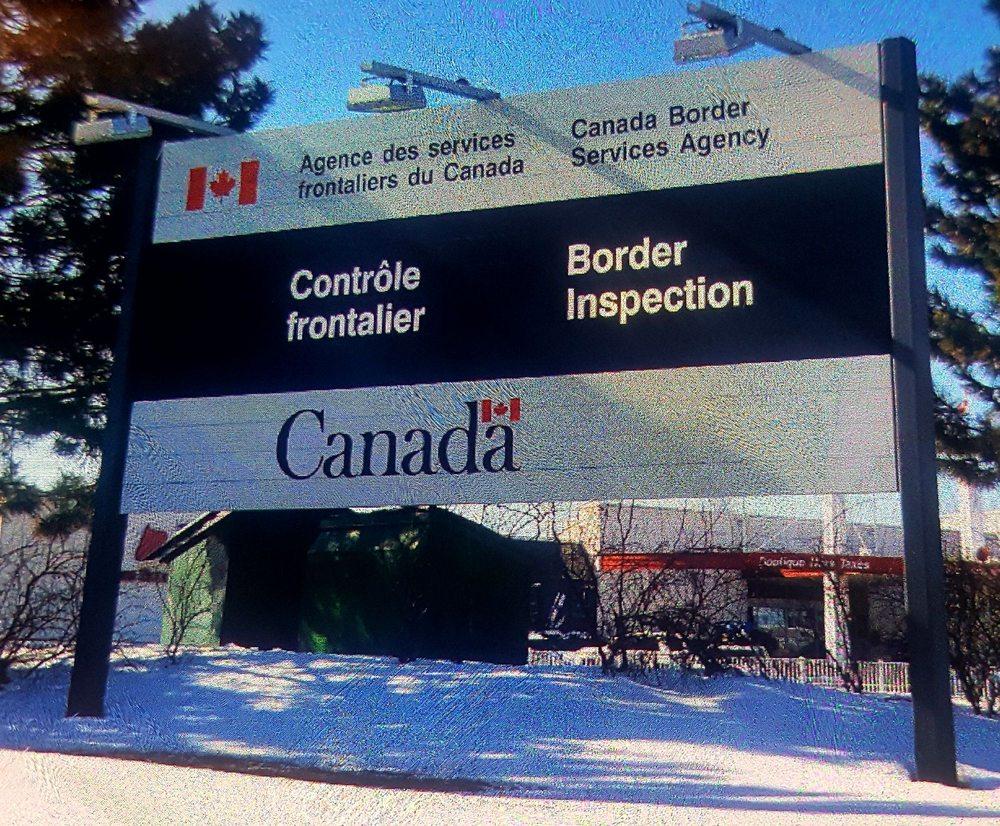 Agence des Services Frontaliers du Canada: 501 Autoroute 15, Saint-Bernard-de-Lacolle, QC