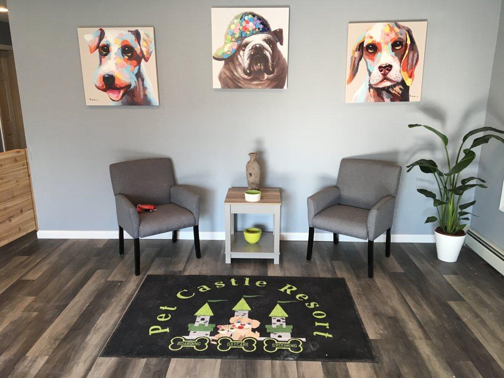 Pet Castle Resort: 600 E Lincoln Hwy, Langhorne, PA