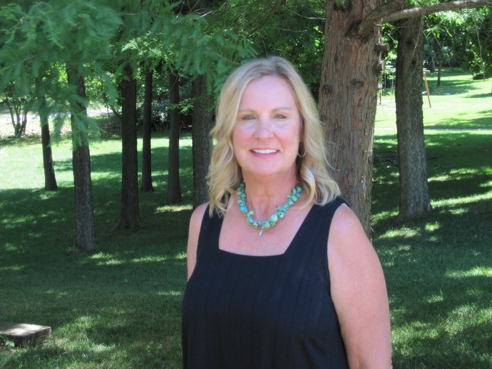 Leslie Bowman - House of Brokers Realty: 1515 Chapel Hill Rd, Columbia, MO