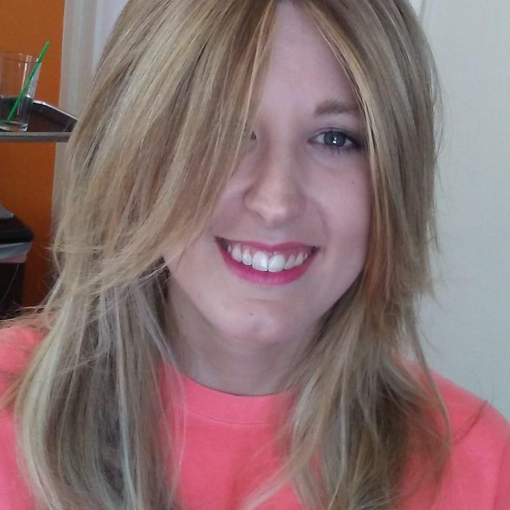 Alex Hawkins Balayage And Haircut Works At Damron Company Salon In