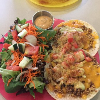 Photo Of Maggie S Vegetarian Vittles Lincoln Ne United States Nut Meat Tacos