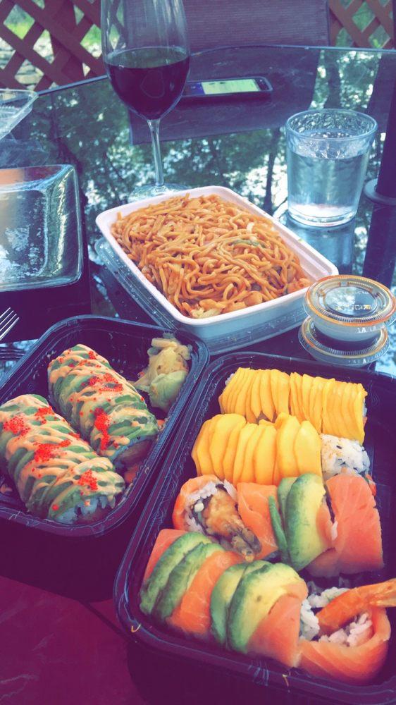 J n J's Asian Restaurant: 34 Baltimore St, Gettysburg, PA