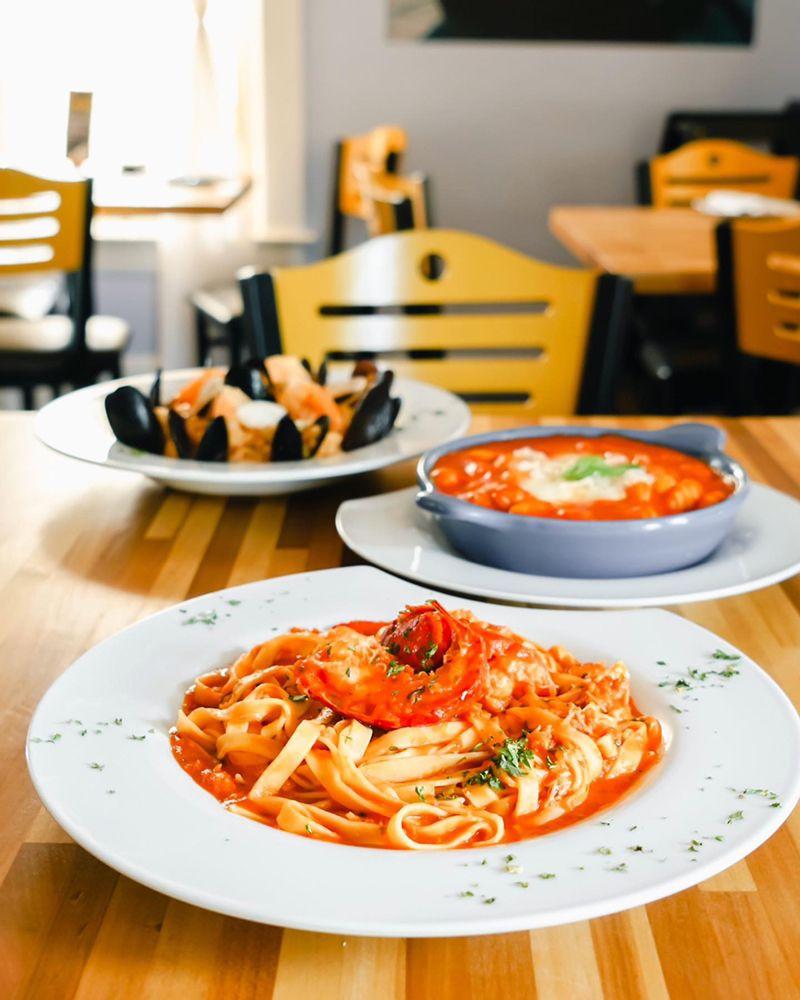 Molto Bene Italian Eatery