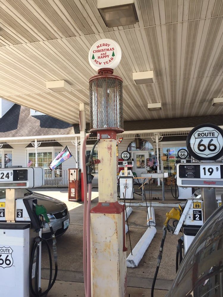 Totem Pole Trading Post: 1413 Martin Springs Dr, Rolla, MO