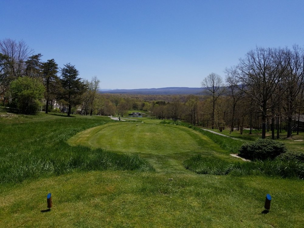 Legends at Druid Hills Country Club: 433 Lakeview Dr, Crossville, TN
