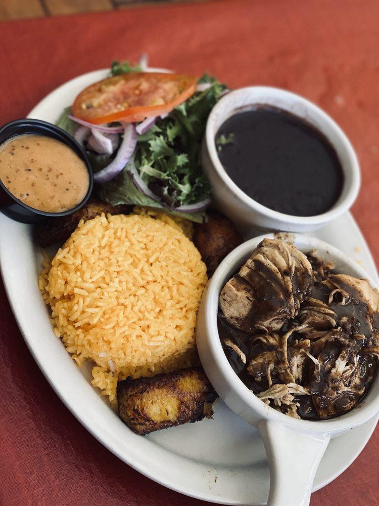 Papi's Cuban & Caribbean Grill: 1375 Rock Quarry Rd, Stockbridge, GA