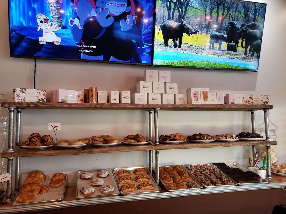 Aloha Bakery And Cafe