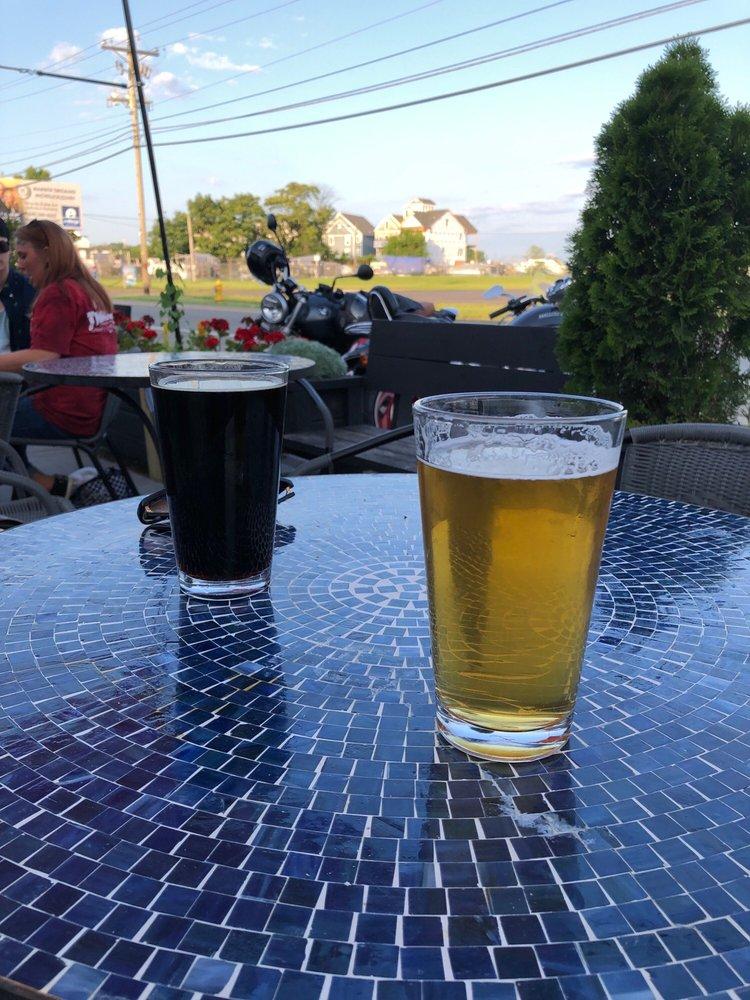 Buckeye Lake Brewery: 5176 Walnut Rd, Buckeye Lake, OH