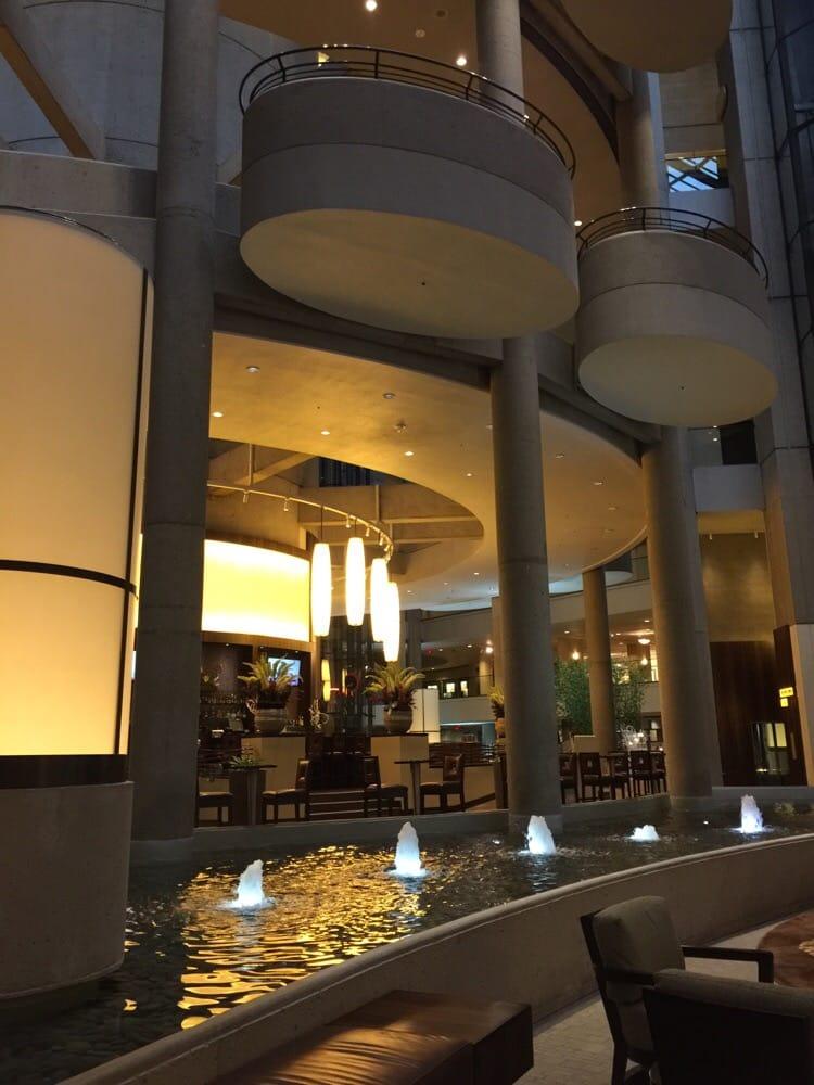 Restaurants Near The Bonaventure Hotel Los Angeles