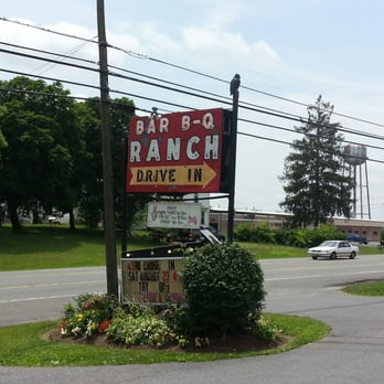 Bar b q ranch 17 photos 41 reviews bbq barbecue for Food bar food harrisonburg virginia