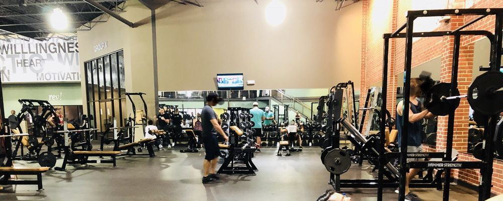 O2 Fitness - Hanover Center: 1315 Independence Blvd, Wilmington, NC