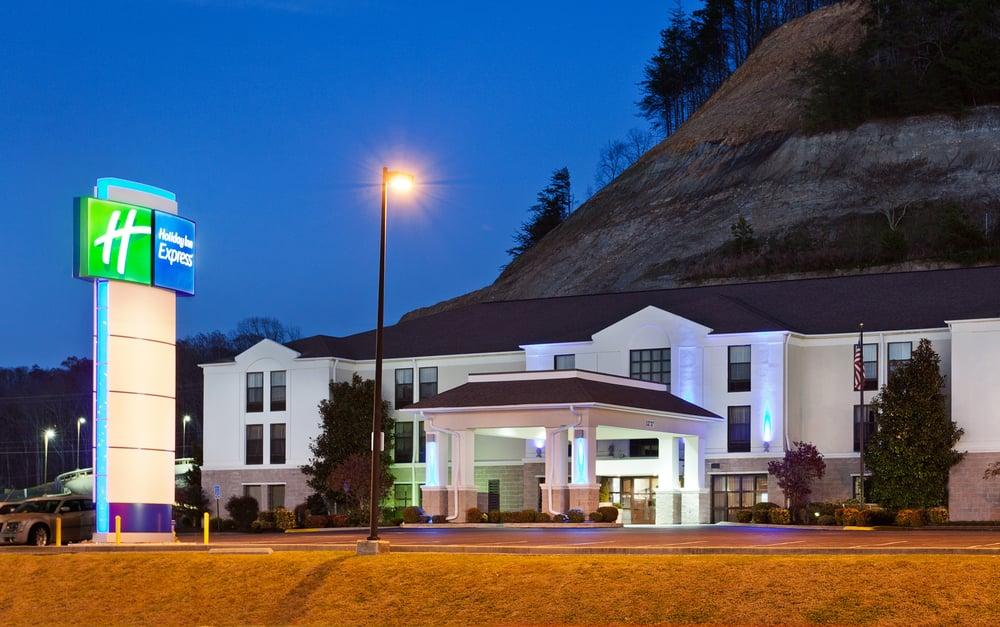 Holiday Inn Express Middlesboro: 1252 N 12th St, Middlesboro, KY