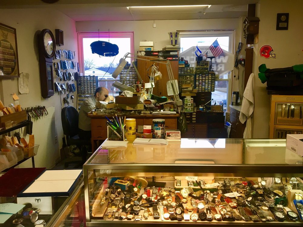 Rudy's Watch Repair: 5545 Wilson Mills Rd, Highland Heights, OH