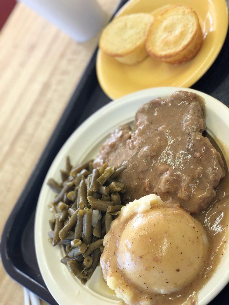 K & K Soul Food: 881 Donald Lee Hollowell Pkwy NW, Atlanta, GA